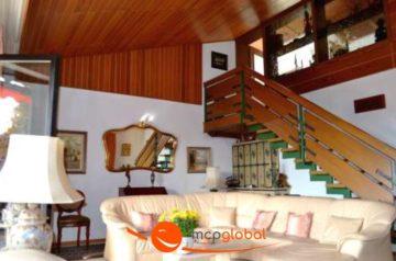 ***Großes Architektenhaus mit Einliegerwohnung***, 84149 Velden, Einfamilienhaus